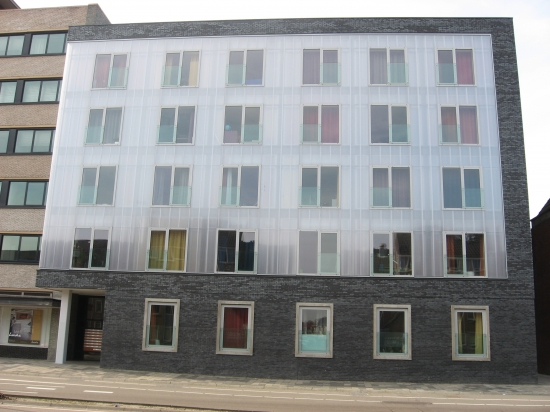 Renovatie voormalig kantoorpand tot 46 studentenappartementen